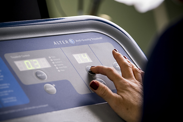 Pressing buttons on Alter G